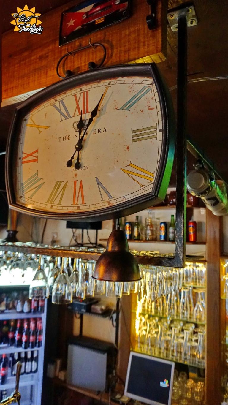 Dublin Pub Unutra (5).JPG
